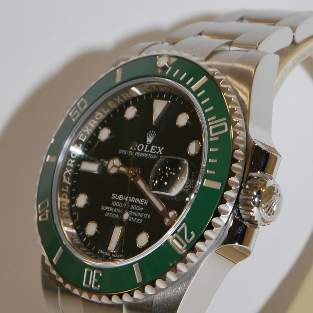 Corona del Rolex Submariner Date 116610LV